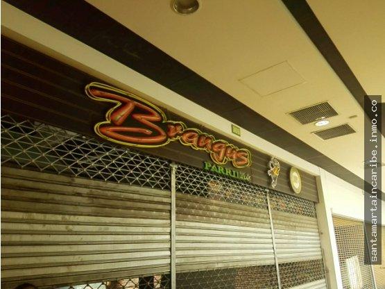 Local en Arriendo centro comercial Santa Marta