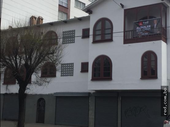 Casa comercial en Alquiler  Miraflores