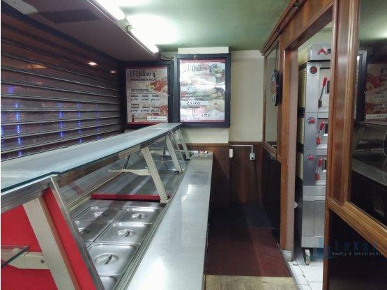 Local en Food Court en San Pedro