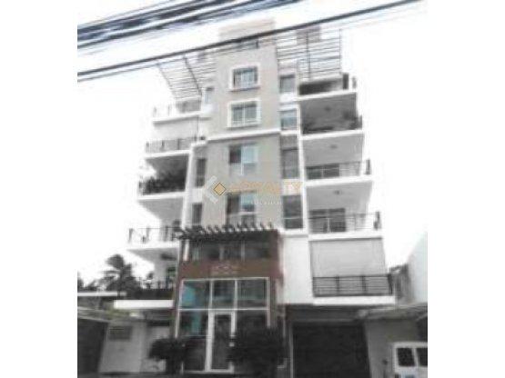 LPHS-066-06-18, Penthouse en Ens. Serralles