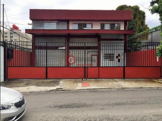 GALERA DOBLE ALTURA / RÍO ABAJO / 4 OFICINAS