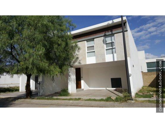 Renta de Casa 100% Amueblada zona sur de León