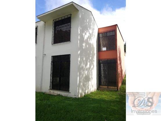Vendo o rento casa km 16.5 CES,entrada Olmeca