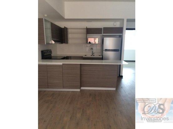 Rento apartamento nuevo ubicación privilegiada Z10