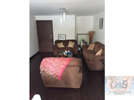 Rento apartamento en Zona 14 116m2