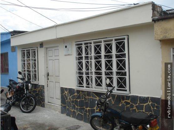 Barrio Los Quindos Mz 33- 20