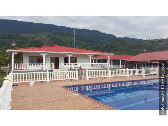 Finca La Cuyabra Villa Vicencio