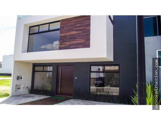 Casa en venta en zona Cascatta, Puebla