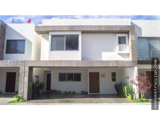 Casa en venta en Lomas de Angelópolis, Zona Azul
