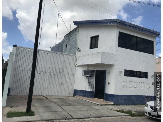 Se vende casa/oficina en Mexico Oriente, Mérida.