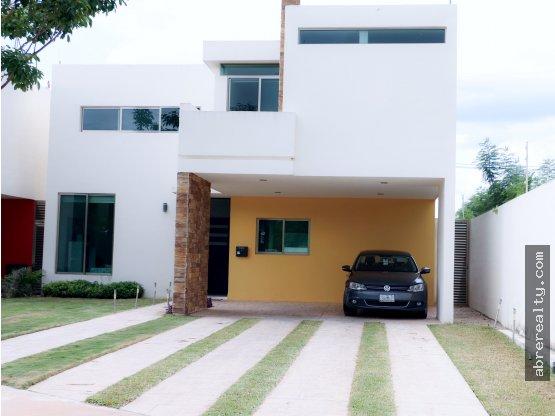 Se vende bella casa  muy cerca de Mérida, Yucatán
