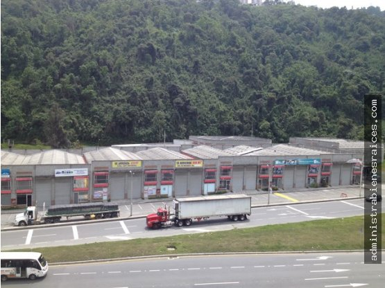 Bodega Conjunto Cerrado Panamericana Manizales