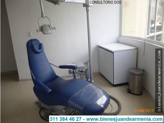 CONSULTORIO ODONTOLÓGICO DOTADO COMPLETAMENTE