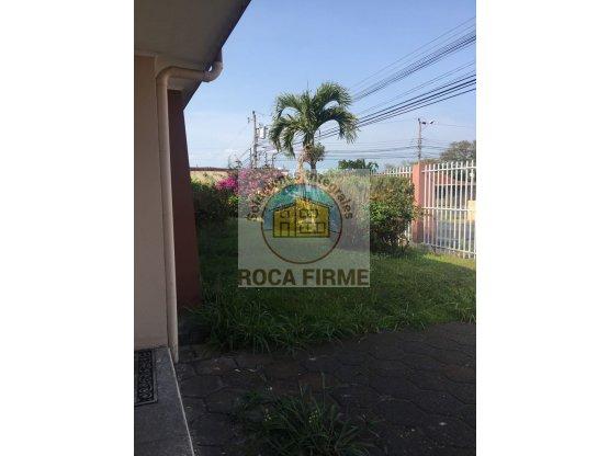 HERMOSA CASA Alquiler - Santo Domingo, Heredia