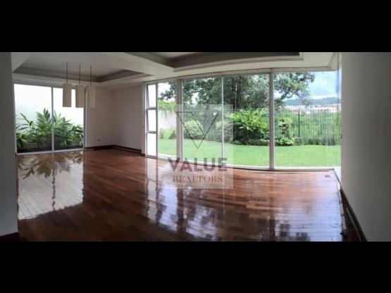 RENTO Casa en condominio en Cayalá