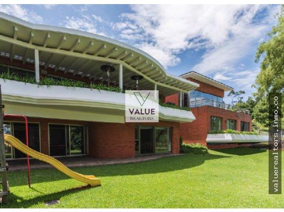 VENTA Super exclusiva residencia en CES +1