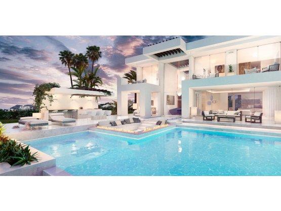 villa 4 dormitorio en Estepona