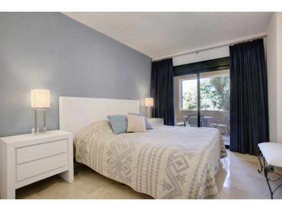 Apartamento Planta Baja, Atalaya, Costa del Sol.