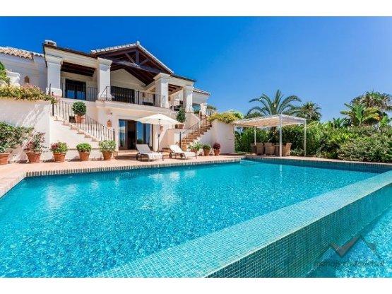 Villa - Chalet en venta en El Paraiso Marbella
