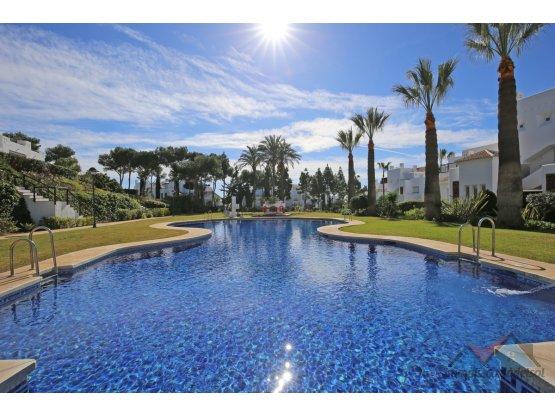 Apartamento Planta Baja, Los Monteros, Marbella