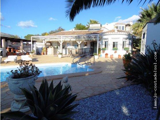 Fantástica villa en Puente Don Manuel