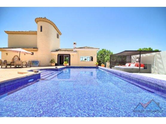 Villa - Chalet, Estepona, Costa del Sol.