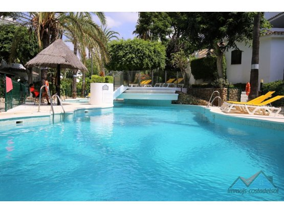 Apartamento Planta Media, Elviria, Costa del Sol.