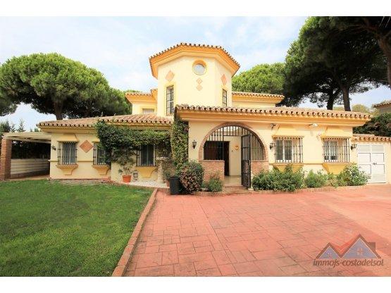 Villa - Chalet, Calahonda, Costa del Sol.