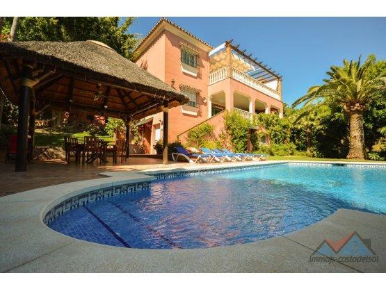 Villa - Chalet, El Rosario, Costa del Sol.