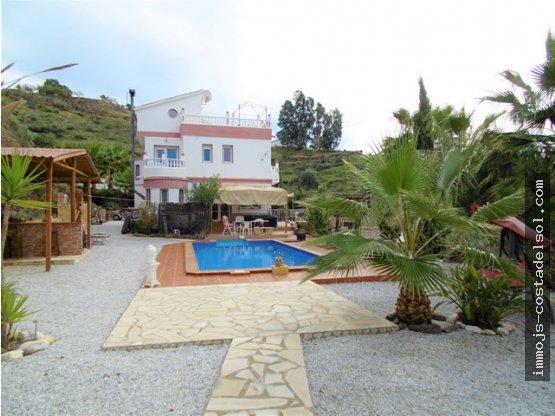 Casa de campo, borde de Arenas, 270 m2