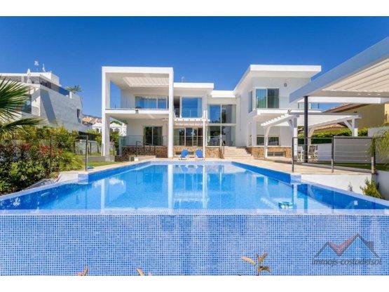 Villa - Chalet en venta en Nueva Andalucía