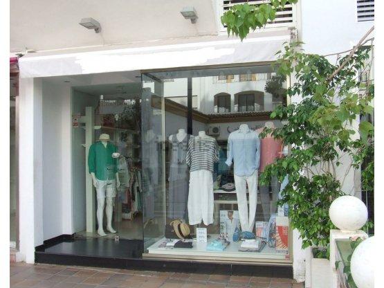 Tienda en Puerto Banús