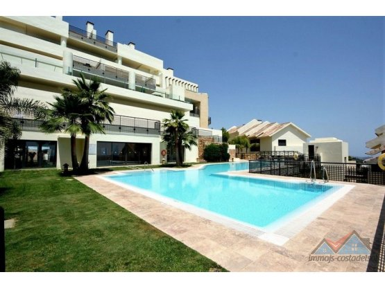 fantástico apartamento los Monteros Marbella