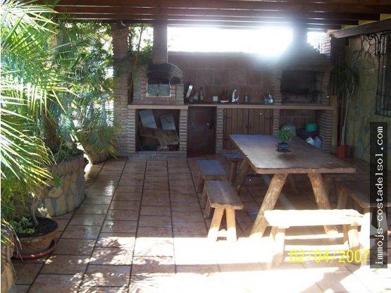 Casa con 3 Dormitorios en Velez-Malaga