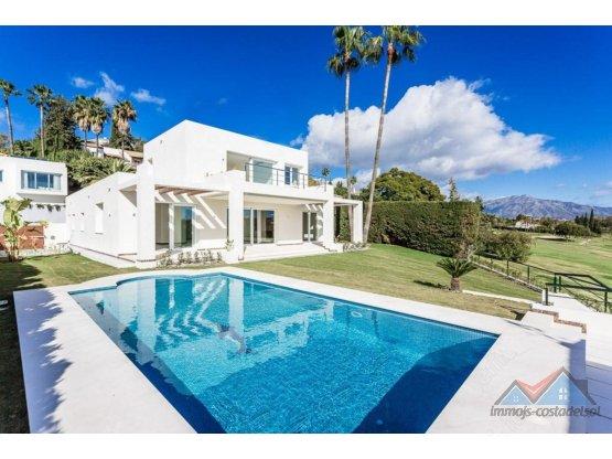 Villa - Chalet en venta en El Paraiso