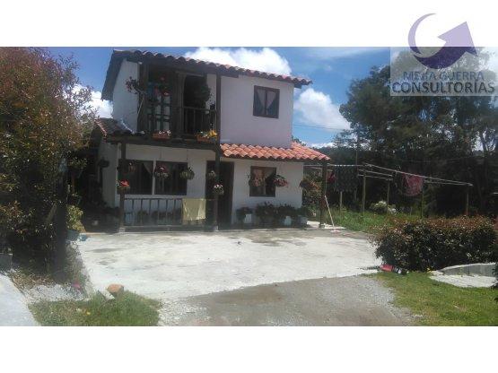 Venta de Lote con Casas en Santa Elena