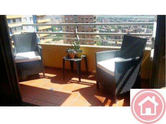 Se vende apartamento Loma De los Bernal, Medellín