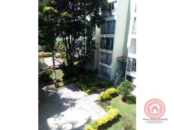 Venta apartamento, San Javier, Medellín.