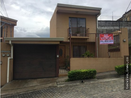 Hermosa casa en Tres Ríos de Cartago