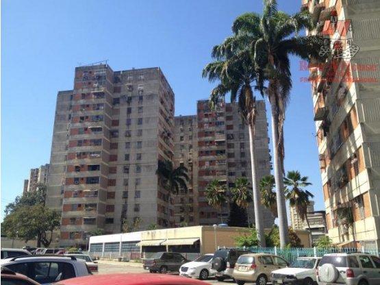 Apartamento Venta Av Ayacucho Cód 19-2632 DLR