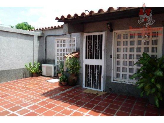 Casa en Venta Ciudad Jardin Cod. 19-1087 LEAV