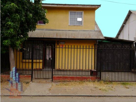 Casa a metros de universidad de Talca