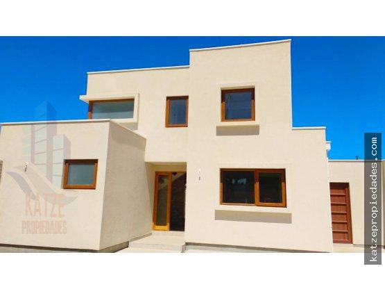 Hermosa y elegante casa totalmente nueva.