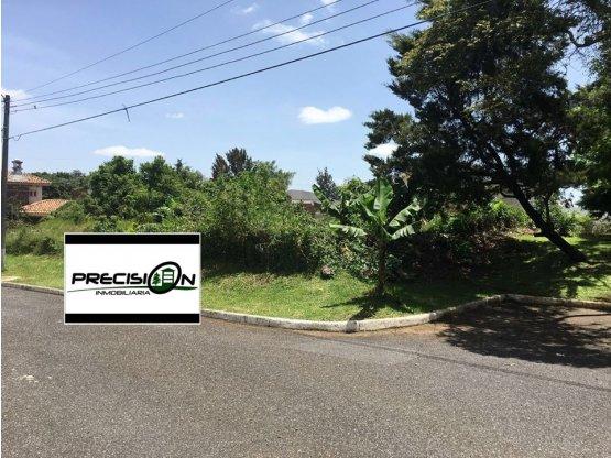 Terreno en venta Jardines de San Isidro zona 16.