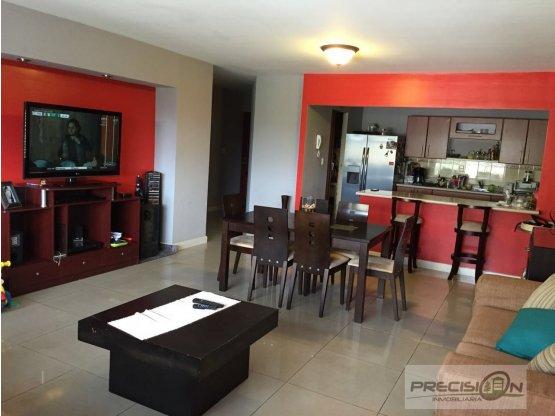 Apartamento en alquiler en zona 13, Monte Azul