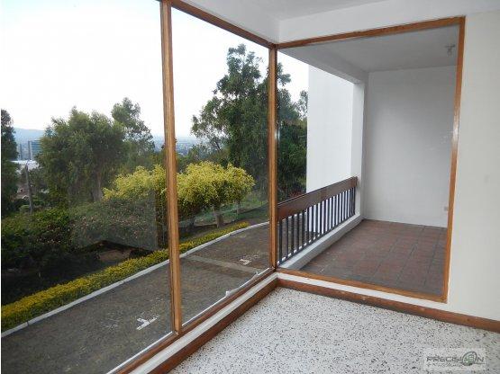 Casa en alquiler Km.8.5, Condominio Altavista