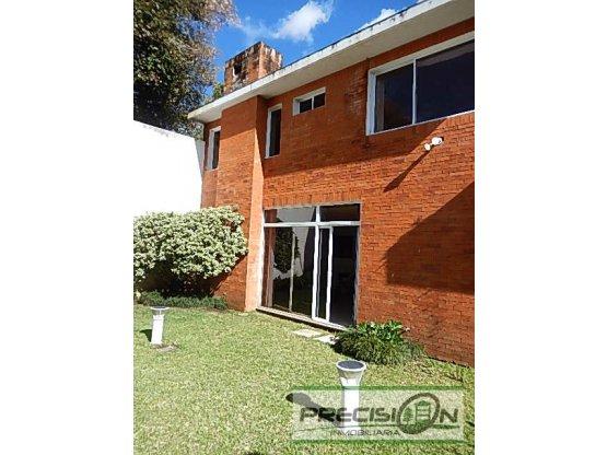 Casa en venta condominio Montes Claros km.16.5