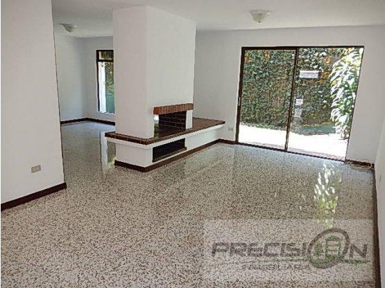 Casa en Km.12.5 Condominio Santa Cecilia 1.