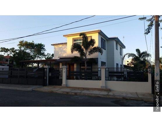 Vendo Casa Cerca del HOMS en Santiago, R.D.