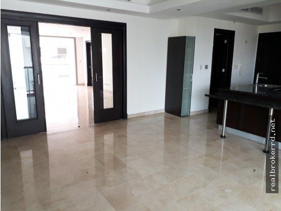 Apartamento en venta en Piantini, de Santo Domingo